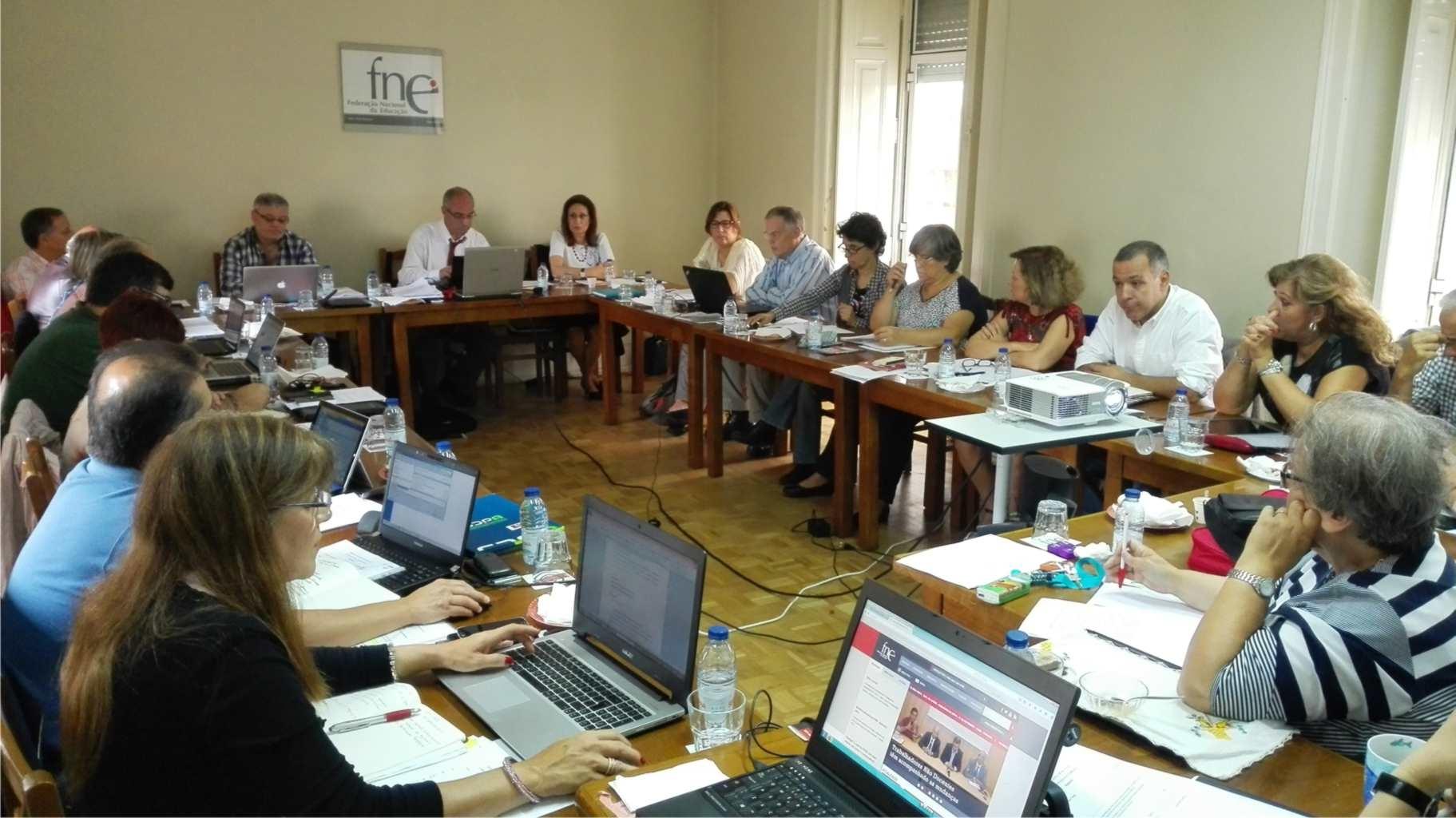 Secretariado Nacional da FNE aprova objetivos para a próxima legislatura