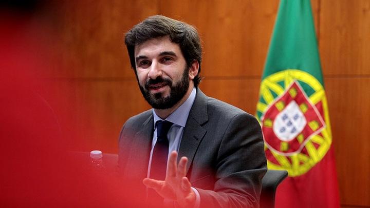 FNE solicitou reunião de urgência ao Ministro da Educação. Em causa múltiplas questões geradoras de insatisfação na educação