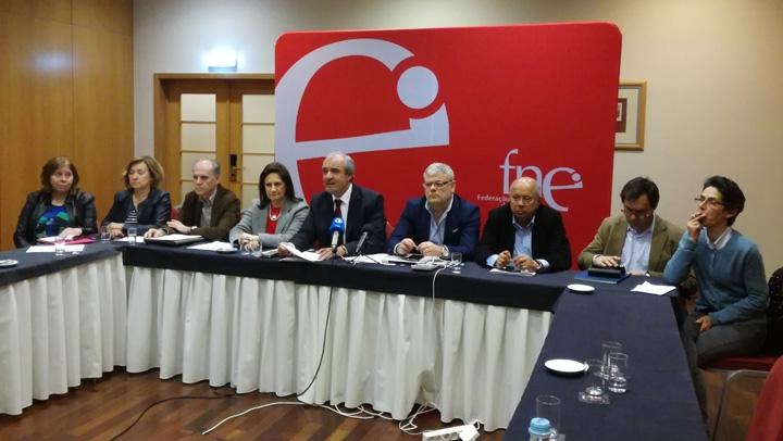 FNE prepara contestação por mais qualidade na educação com profissionais reconhecidos e valorizados