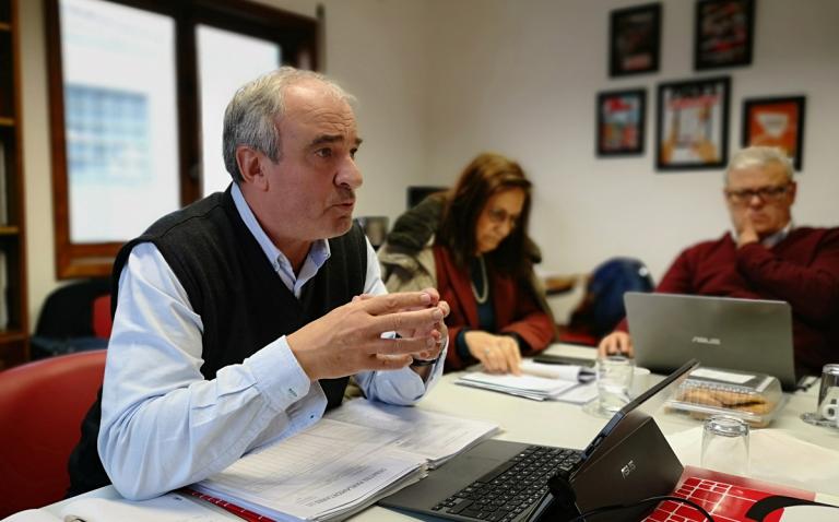 FNE discorda da gestão municipal dos não docentes