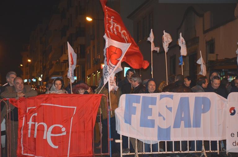FNE/FESAP: Vigília pela justiça salarial e pelo direito de todos os trabalhadores da Administração Pública à progressão na carreira