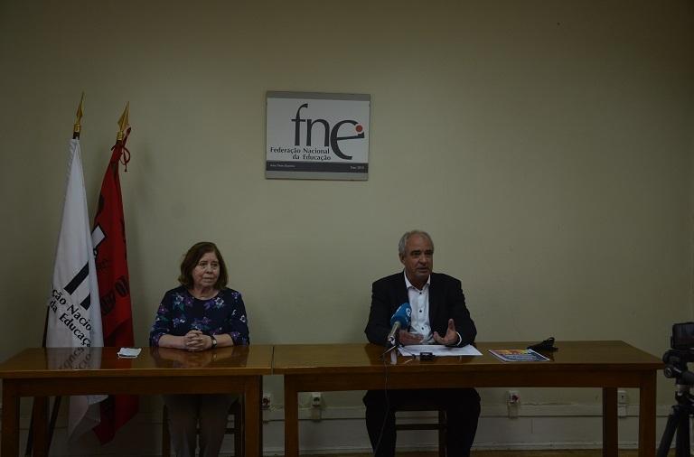 FNE exige garantia de condições sanitárias para um regresso em segurança às aulas presenciais