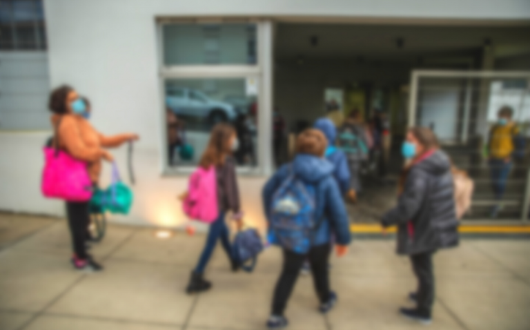 Escolas precisam de verbas e pessoal para plano de recuperação - FNE (LUSA)